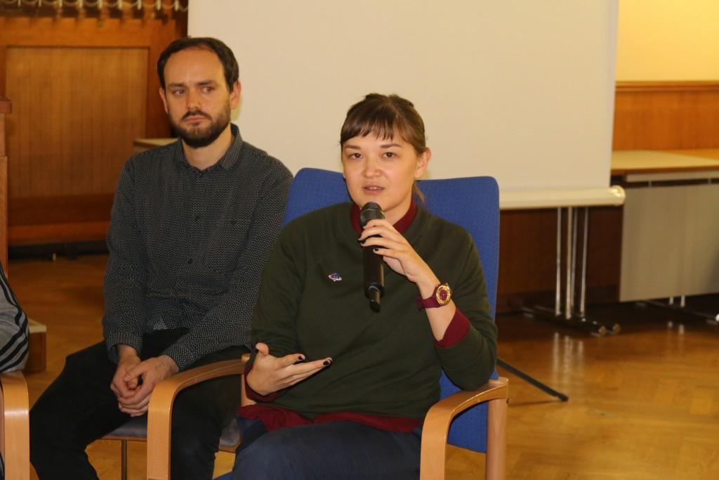 Oksana Dmytriak berichtet über die Lage der Binnenflüchtlinge